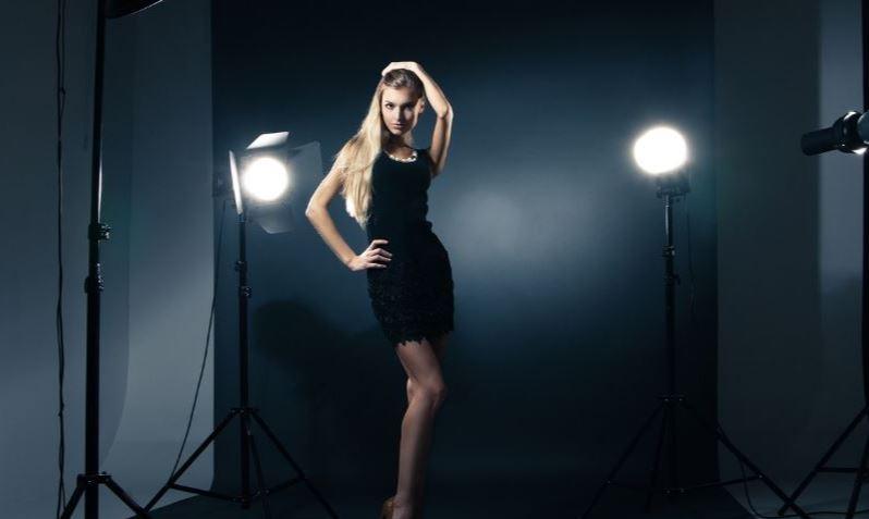 shooting photo for an escort girl in geneva