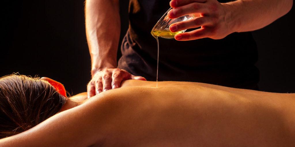 Massage naturiste à Paris-Catgirl.ch